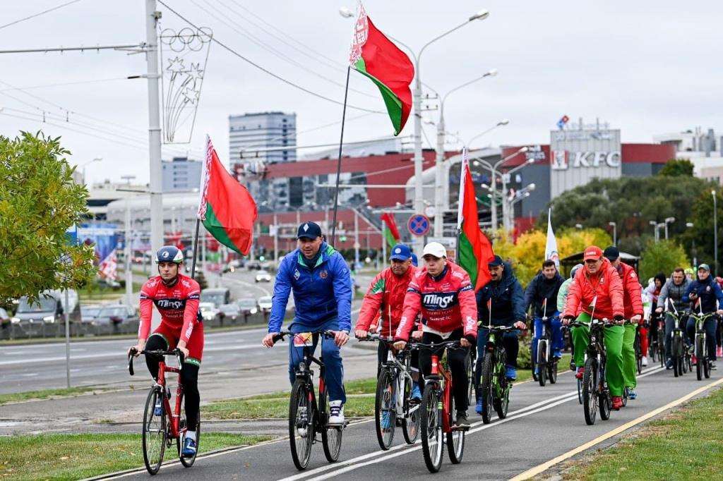 Велопробег ко Дню народного единства состоялся в Минске