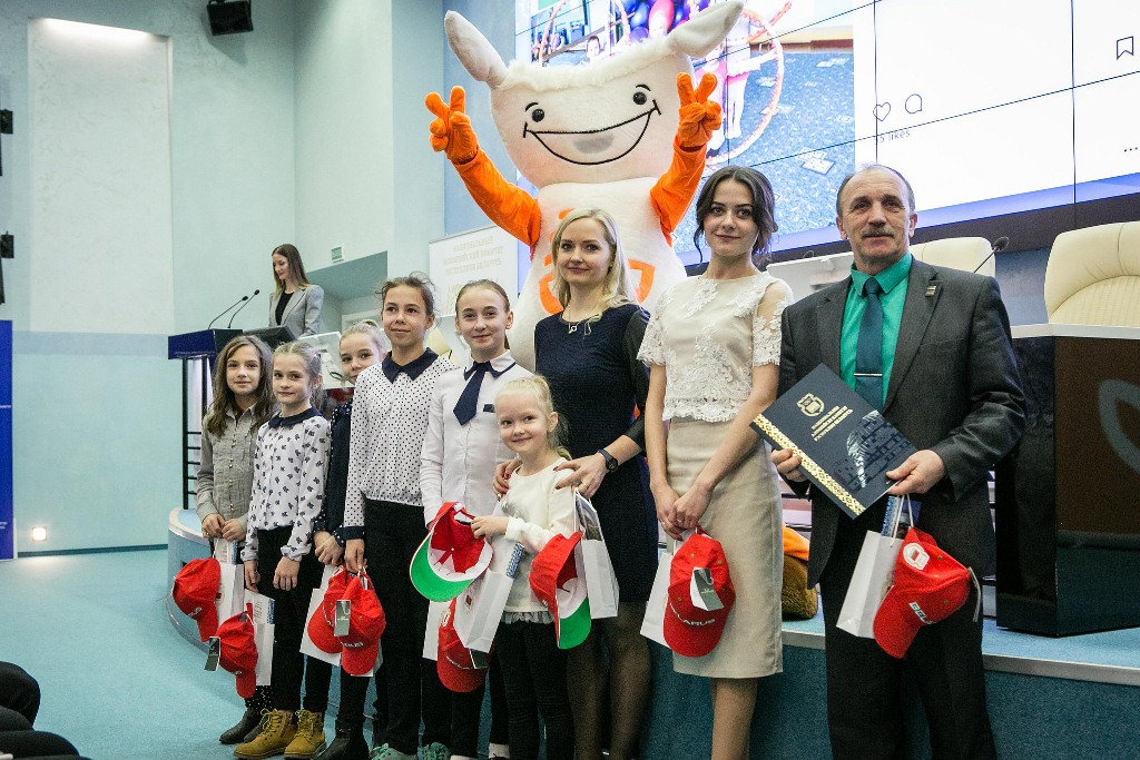 Most devoted fans of Belarusian Olympic team at PyeongChang 2018 welcomed at NOC HQ