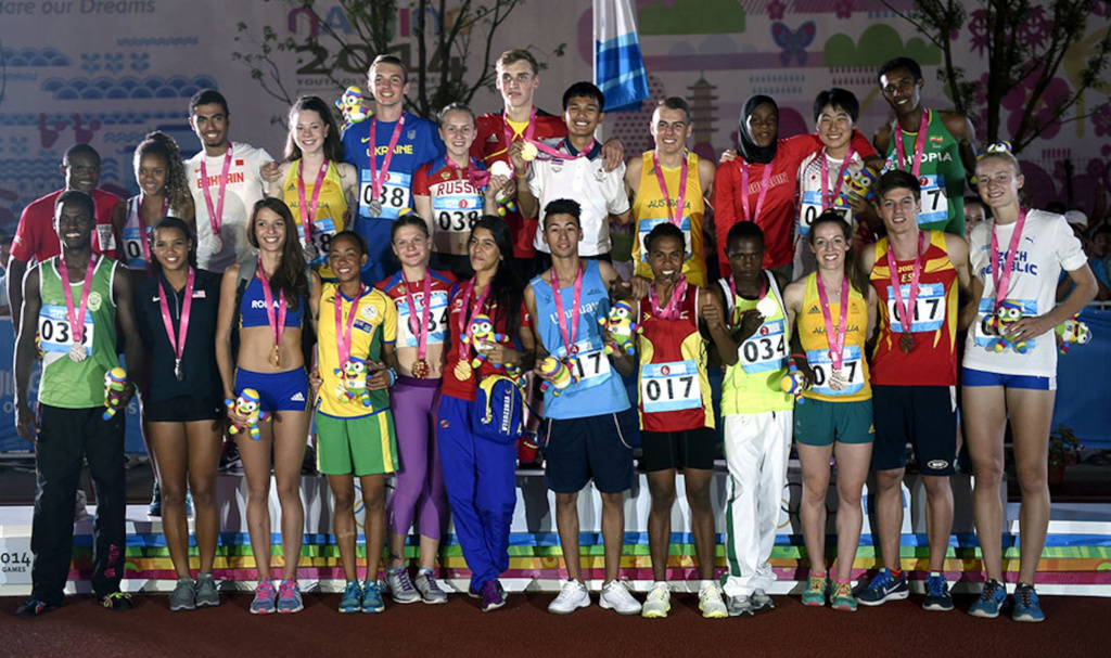 Medalists of the 8100m Mixed Team Relay Final_236968.jpg