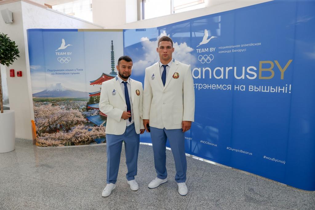 Макевич и Тожиев AT8I4155-29.jpg